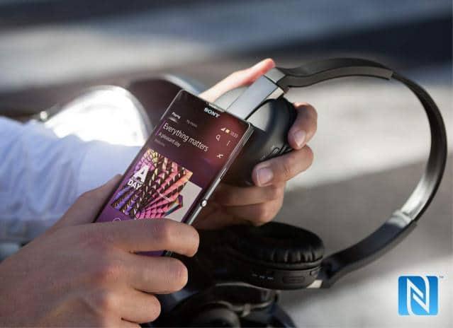 เปิดราคาหูฟังใหม่ Sony Wireless Headset DR-BTN200M และ Stereo Bluetooth Headset SBH20