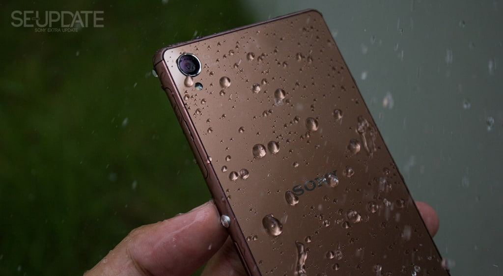 1_XperiaZ3Review_Water