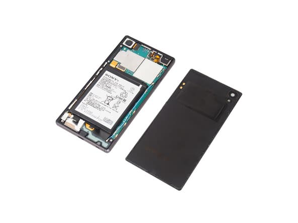 Xperia Z5 teardown 04