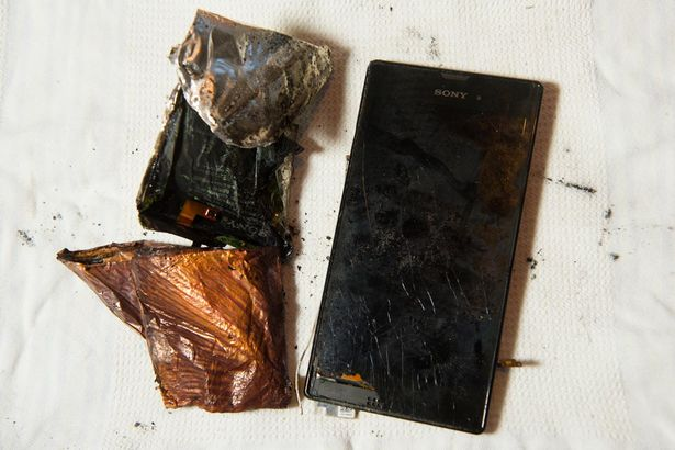 Xperia-T3-explodes_1